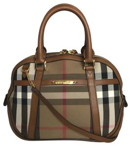Burberry #burberry #crossbody #burberrybag #orchardcollection #tote Cross Body Bag