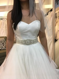 Justin Alexander Justin Alexander 8779. New Un-altered Wedding Dress