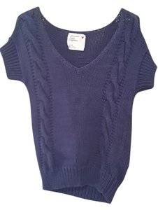 American Eagle Outfitters Sweater
