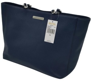 MICHAEL Michael Kors Harper Large Pebble Leather Tote in NAVY