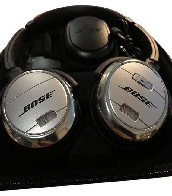 Item - Silver Quietcomfort 3 Acoustic Noise Cancelling Headphones Tech Accessory