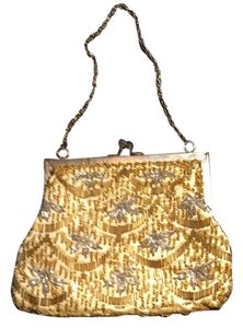 Other gold with beads of silver and gold Clutch