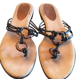 Isabella Fiore Brown Sandals