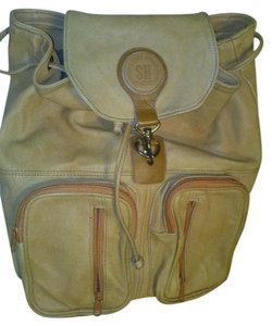 Yonglian Leather Products Company Backpack