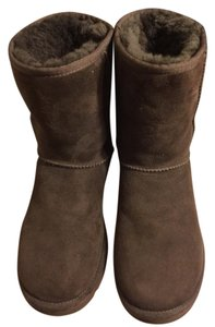 UGG Australia Rich Chocolate Brown Boots