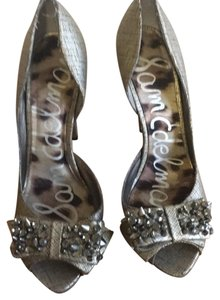 Sam Edelman gold with steel gray and black detailing. Platforms