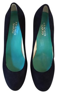 Franco Sarto Suede Kid Suede Round Toe Platform Black Pumps