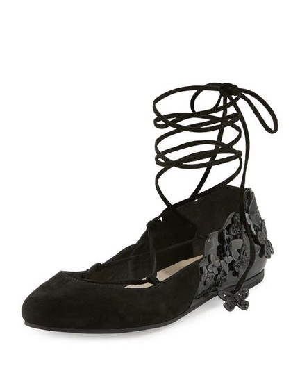 Preload https://img-static.tradesy.com/item/20470730/sophia-webster-black-harmony-flats-size-eu-36-approx-us-6-regular-m-b-0-0-540-540.jpg