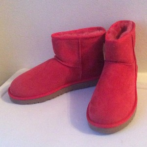 UGG Australia Nwt New With Tags Shearling Red Boots