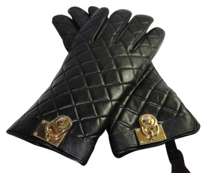 Michael Kors Michael Kors Quilted Leather Hamilton Lock gloves