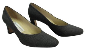 Etienne Aigner Size 7.50 M Leather Soles Very Good Condition Gray Pumps