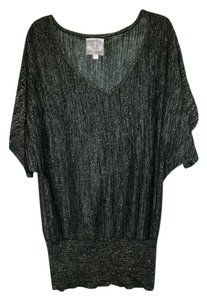 Romeo & Juliet Couture Top Black with gold sparkle