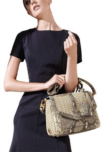 Tory Burch Satchel in Natural Raffia/Natural Snake