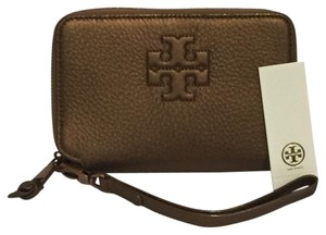 Tory Burch NWT Tory Burch Thea Smartphone Leather Wristlet Wallet