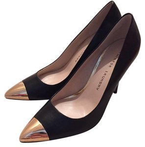 Chinese Laundry Black with gold detail Pumps