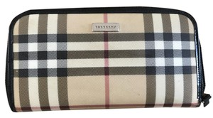 Burberry Burberry Check Plaid Zip Around Wallet