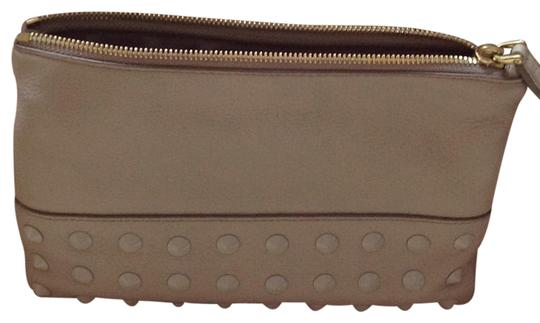 Preload https://img-static.tradesy.com/item/20474849/jcrew-beige-studded-leather-pouch-cosmetic-bag-0-1-540-540.jpg