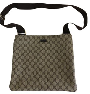Gucci Monogram Coated Canvas Light Practical Stylish Cross Body Bag