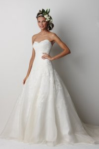 Watters & Watters Bridal Devenport 8072b Wedding Dress