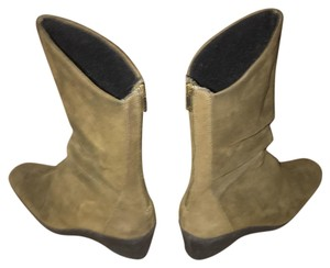 Bass Leather Suede Green Boots