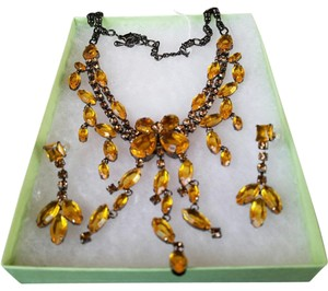Other Fabulous amber colored rhinestone choker necklace and earring set