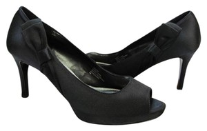White House | Black Market Size 8.00m Peep Toe Leather Soles Very Good Conition Black Pumps