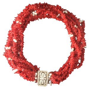 Fortunoff Fine Jewelry Coral and Pearl choker w diamond clasp