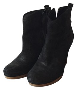 Enzo Angiolini Suede Black Boots