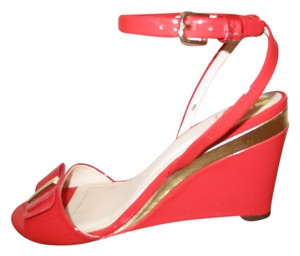 MONET Patent Leather Ankle Strap Wedge red Sandals