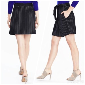 Banana Republic Mini Skirt navy/white