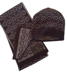 Louis Vuitton Louis Vuitton PETIT DAMIER SCARF AND HAT - BRAND NEW