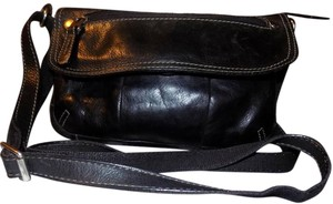 Fossil Bohemian Classic Bold Leather Pebbled Cross Body Bag