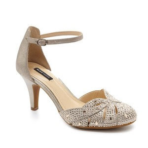 Alex Marie Gold/Champagne Formal
