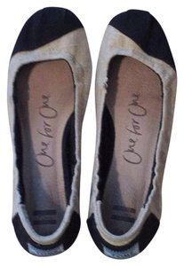 TOMS black and ivory Flats