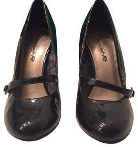 American Eagle Outfitters Pumps