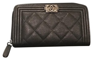 Chanel Chanel Le Boy Medium Wallet Caviar with Ruthenium HW
