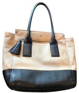 Kate Spade Tote in Black & Tan