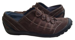 Clarks Walking Shoe Shoe Brown Athletic