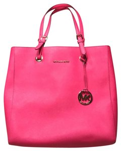 Michael Kors Tote in Pink