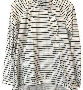 Lululemon Guc lululemon quiet stripe jacket size 6