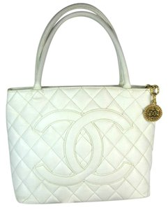 Chanel Leather Cc White Medallion Tote