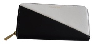 Pour La Victoire zip around large wallet