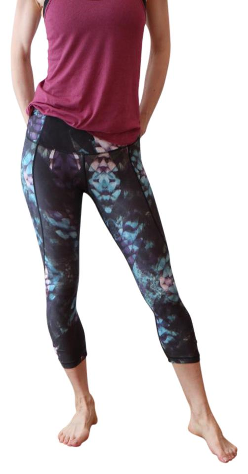 0eb63816fe00 CALIA by Carrie Underwood Essential Printed Tight Fit Capris Image 0 ...