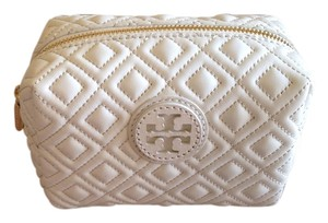 Tory Burch Tory Burch Marion Quilted Brigitte Cosmetic Bag