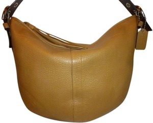 Coach Refurbished Leather Lined Shoulder Bag