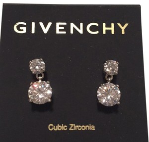 Givenchy Stunning, Swarovski element crystal earring