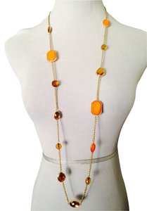Neiman Marcus Shades Of Orange & Gold Necklace