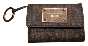 Michael Kors Michael Kors Multi-Pocket Wallet
