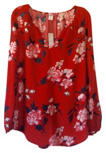Old Navy Top Bright red with multicolored design