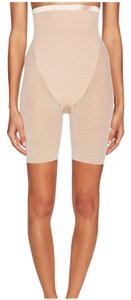 Spanx Spanx Haute Contour Sexy Sheer High Mid-Thigh